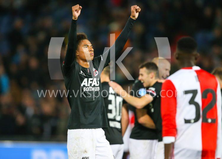 26-09-2019: Voetbal: Feyenoord v AZ: Rotterdam Eredivisie seizoen 2019-2019  L-R,  Calvin Stengs of AZ Alkmaar viert de treffer van Oussama Idrissi of AZ Alkmaar
