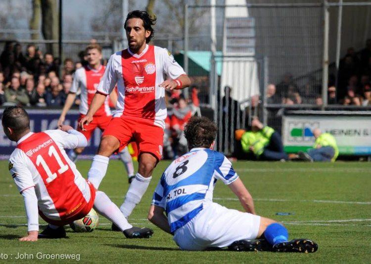 Ismail Celen in actie voor IJsselmeervogels. Foto: John Groeneweg.